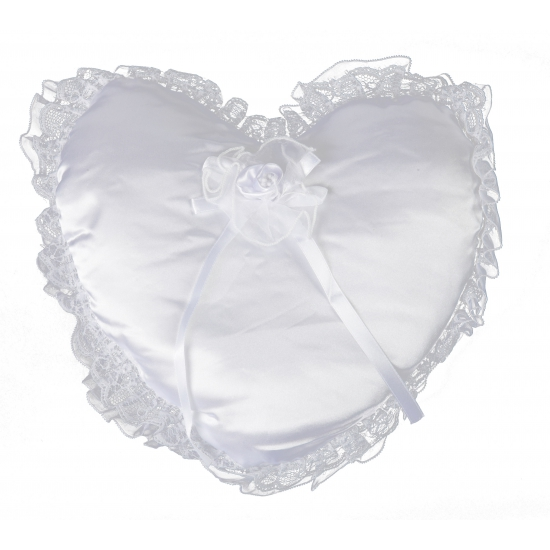 Wit trouwringen kussen in hartvorm